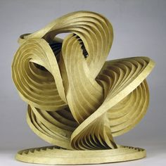 Erik Demaine, creates computational origami with attempt to reveal the mechanism of how pleated paper self folds into specific circular surfaces. Origami And Kirigami, Origami Paper, Quilling Cards, Paper Quilling, Paul Jackson, Paper Pop, Paper Folding, Land Art, Sculpture Art