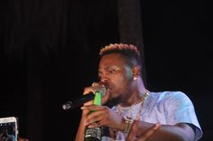 WELCOME TO ROCKIE'S BLOG: Watch Olamide Perform With Davido At Lagos City Ma...