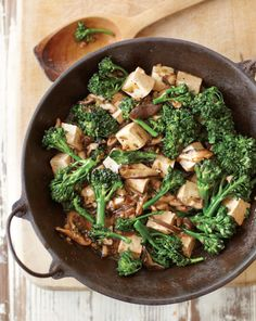 Stir-Fried Tofu with Mushrooms and Greens ~~ Recipe of the Day: This Stir-Fried Tofu with Mushrooms and Broccoli Rabe makes a hearty and flavorful vegetarian dinner that can prepared in minutes. Tofu Recipes, Asian Recipes, Vegetarian Recipes, Dinner Recipes, Cooking Recipes, Healthy Recipes, Shrimp Recipes, Healthy Meals, Yummy Recipes