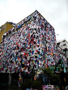 la tienda m recibe ropa en desuso para ser donada a cambio de descuentos ::: shwopping ::: marks & spencer