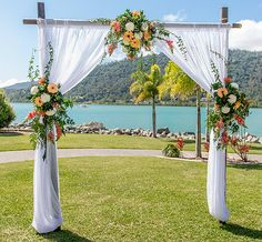 Divine Decor Whitsundays has a variety of decor options available to style your Whitsundays wedding ceremony. Whether you are holding your ceremony at an outdoor location like Whitehaven Beach or a function venue, we have the style your ceremony. #Whitsundayswedding http://www.divinedecorwhitsundays.com.au/