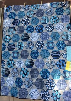 Hexagon and triangle quilt blocks Monochromatic blues