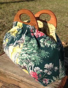 My newest bag! Mini handles... wide base. Little yet roomy bag!