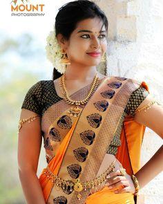 Beautiful Muslim Women, Beautiful Girl Image, Most Beautiful Indian Actress, Beautiful Actresses, Beautiful Bride, Stylish Girls Photos, Stylish Girl Pic, Beauty Full Girl, Beauty Women