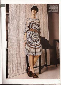 http://milcentdeu.es/patron-tunica-circular-a-crochet/