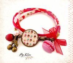 Bracelet ruban Liberty Cabochon• Les Cupcakes • gourmandise macaron : Bracelet par bykloe