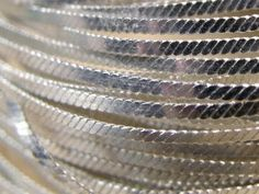 ▶ Jewellery making filigree wire - YouTube