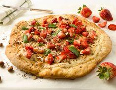 Süße Pizza mit Ricotta und Erdbeeren - Rezept