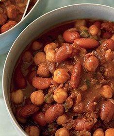 Vegetarian Chili With Chocolate recipe
