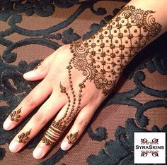 Henna! Eid Mehndi Designs, Henna Designs Easy, Beautiful Henna Designs, Mehndi Patterns, Latest Mehndi Designs, Mehndi Images, Mehandi Henna, Jagua Henna, Tattoo Henna