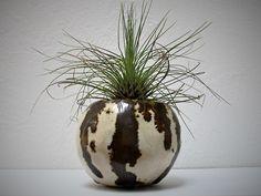mudpuppyceramicstudio:  stoneware pinch pot