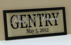 Personalized floating photo frame w/ vinyl lettering. Great project using my Silhouette Cameo. Check out the website to see Silhouette Vinyl, Silhouette Cameo Projects, Silhouette Machine, Vinyl Crafts, Vinyl Projects, Craft Projects, Shilouette Cameo, Name Frame, Cricut Creations