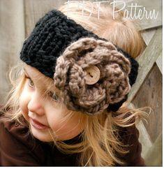 Knitting PATTERN-The Lola Warmer Toddler Child por Thevelvetacorn