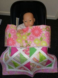 I came across this lovely wee car seat quilt on someones Pinterest board and fell in love! It is a Moda BakeShop free tutorial so have fun making one. I showed this picture to my daughter and she instantly asked me to make her one for the arrival of her baby later this year.