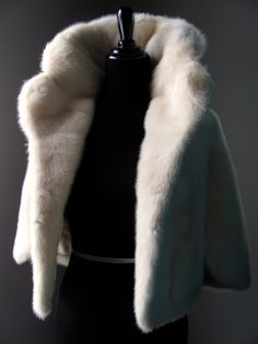 $845 -  Ultimate Luxury Gift Or Wedding Bridal Accessories/ Hollywood Starlet Ivory Cream Mink Stole/ Vintage Cape Wrap Shrug