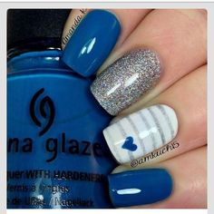Nails, nail art, nail design, blue, silver, white, sparkly, hearts