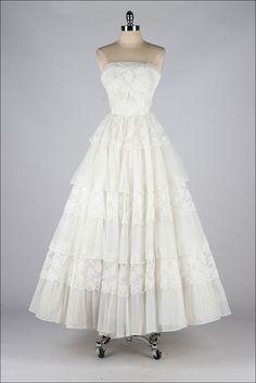 vintage 1950s dress . white chiffon lace . by millstreetvintage