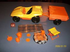 1970s Barbie Dune Buggy & Pop Up Camper I LOVE this! I had this set, wish I still did.