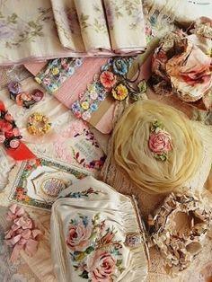 Vintage embellishments and fabric flowers. Antique Lace, Vintage Lace, Vintage Sewing, Vintage Stuff, Decoration Shabby, Couture Vintage, Fru Fru, Ribbon Art, Ribbon Flower
