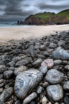 Traigh Dhail Mor, Boulders on the Beach . Isle of Lewis. Highlands and Islands. Scotland.