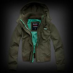 Hollister All-Weather Jacket ジャケット ファスナーと裏地がポップカラーになったお洒落なデザイン!ポケット付きで機能性も抜群。