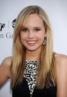 Meaghan Martin Photos - Actress Meaghan Martin arrives at Disney-ABC Television Group Summer Press Tour Party at The Langham Hotel on August 2009 in Pasadena, California. Bob Howard, Meaghan Martin, Camp Rock, Childhood Movies, Press Tour, Joe Jonas, Wattpad, Blonde Women, Celebs