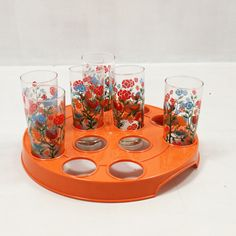 Oranje seventies tray. Prijs: €5.00