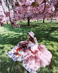 Pretty pink picnic under the cherry blossoms ~ luxurious spring time aesthetic ~ best time of year for day dreaming and spinning castles in the air Springtime In Paris, Spring Aesthetic, Cherry Blossom Tree, Couple Shoot, Girly Outfits, Creative Photography, Pretty In Pink, Flower Girl Dresses, Photoshoot