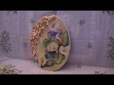 Tutorial: Decoupage su disco ovale in legno con calle e decori in rilievo