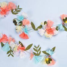 Liberty Bloem Thema - www.confettienco.be #decoratie #verjaardag #kinderen #feest #bloem #flower #liberty #slinger #garland #merimeri #webshop