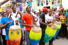 Pictures: Ricardo Saint-Cyr Reveals the Stunning Colors of jacmel's 2014 Carnaval « Rapadoo Observateur
