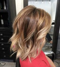 Texture bob   #balayage #beachwaves #lob #bob #honeyblonde #sombre  (at Kim Jette- Redken Certified Hair colorist)