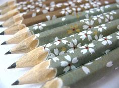 Pencils wrapped with Japanese paper, gift set of 10 - by maoiliosa on Etsy