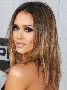 Новый тренд окрашивания волос! Забудь о балаяже и омбре в новом году.