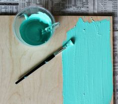 DIY Chalkboard Paint: Acrylic painting with Tile Grout is chalkboard paint. Acrylverf met tegelvoegmiddel wordt schoolbordverf :-D