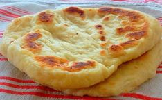 Quick Langosch filled with cheese - no yeast dough, in just 10 minutes . Fun Pizza Recipes, White Pizza Recipes, Pastry Recipes, Cream Recipes, Gourmet Recipes, Cooking Recipes, Deep Dish Pizza Recipe, Puff Recipe, Bread And Pastries
