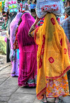 Everyday Colors , India