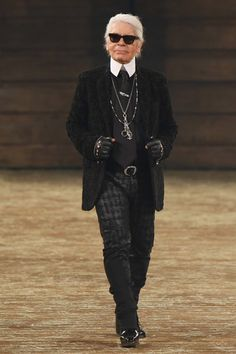 KARL LAGERFELD: Chanel Pre-Fall 2014 Collection Slideshow on Style.com