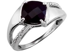 10K White Gold Onyx Diamond Ring