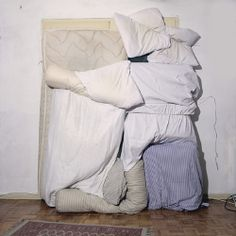Michel Le Belhomme, The Blind Beast 14 Instalation Art, Sleep Paralysis, Textiles, Color Studies, Textile Artists, Soft Sculpture, Fine Art Photography, Bed Linen, Contemporary Art