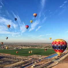 Leaving Arizona this morning and stumbled across the #outwestballoonfest! These #hotairballoons were incredible!  @detailsaboveall