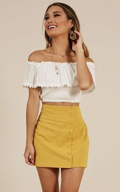 Best Casual Summer Outfits for Women This Year: The new trends will certainly impact unique areas that include things like design. Believe it or not, but there are several ways to look both casual Casual Summer Outfits For Women, Trendy Outfits, Fashion Outfits, Fashion Ideas, Rock Outfits, Fancy Casual Outfits, Prep Fashion, Casual Summer Dresses, Fall Dresses