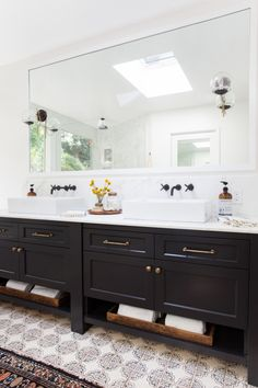 Simple White Bathroom Vanities Creative