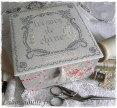 2_500_p Cross Stitch Finishing, Fabric Boxes, Darning, Crochet, Decorative Boxes, Patches, Embroidery, Album, Couture