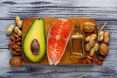 Unsere Ausbildung zum lizensierten Food Coach bereitet Sie gezielt auf die die Bereiche Grundlagen der Ernährung, Gewichtsreduktion, Sporternährung und Nahrungsergänzung vor. Fünf thematisch unabhängige Seminare geben Ihnen die maximale Freiheit in der Gestaltung Ihrer Ausbildung zum präventiv-medizinischen Ernährungsexperten.