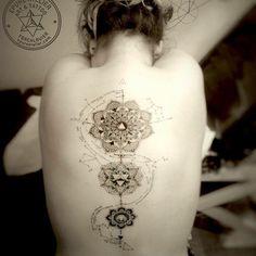 #mandala #constellation #epureatelier #marieroura #dot