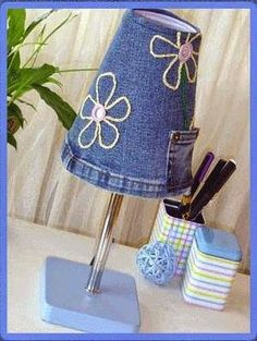 Little Kimono Handmade ❣ : 30 ideas para Reciclar vaqueros - Jeans Sewing Jeans, Diy Jeans, Recycle Jeans, Upcycle, Jean Crafts, Denim Crafts, Jean Diy, Denim Ideas, Recycled Denim