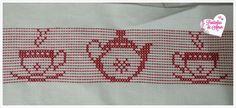 Jogo de chá Ponto oitinho Swedish Weaving, African, Crochet, Cross Stitch Embroidery, Embroidered Towels, String Art, Counted Cross Stitches, Cross Stitch Designs, Cross Stitch Kitchen