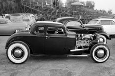 Old school 32 Ford 5-window coupe chopped