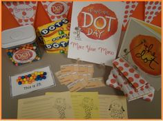 International Dot Day / Make Your Mark. Free prntables to celebrate with students. Elementary Library, Art Lessons Elementary, Elementary Schools, Art Classroom, Future Classroom, Classroom Ideas, Peter Reynolds, International Dot Day, Bon Point